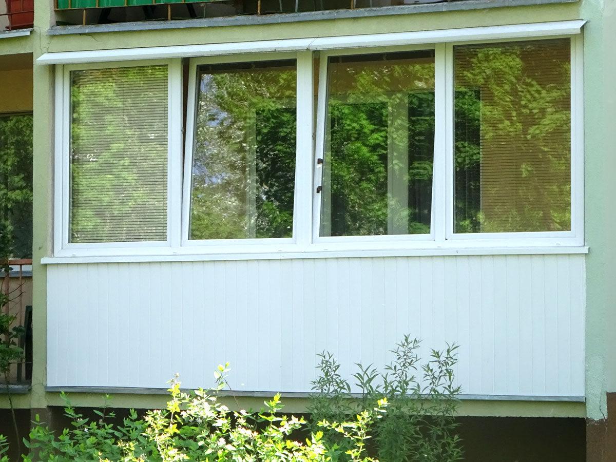 Balcony enclosures